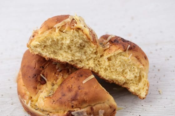 Cheese, Sage and Onion Tear and Share Brioche