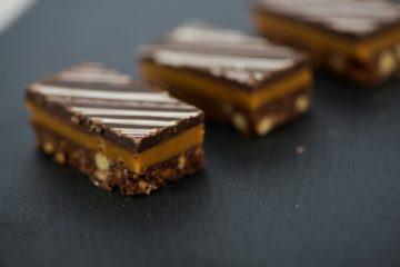 Millionaires Caramel Slice