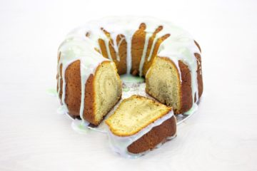 Vegan Matcha, Lemon and Poppy Seed Bundt Cake Recipe