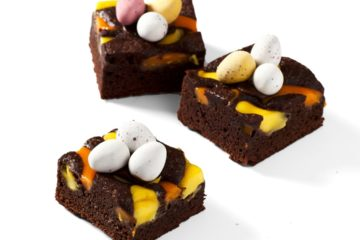 Easter Brownie Slice